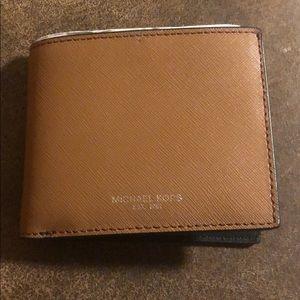 Men's brown fold wallet